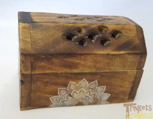 Karma scents wooden incense box with 10 cones