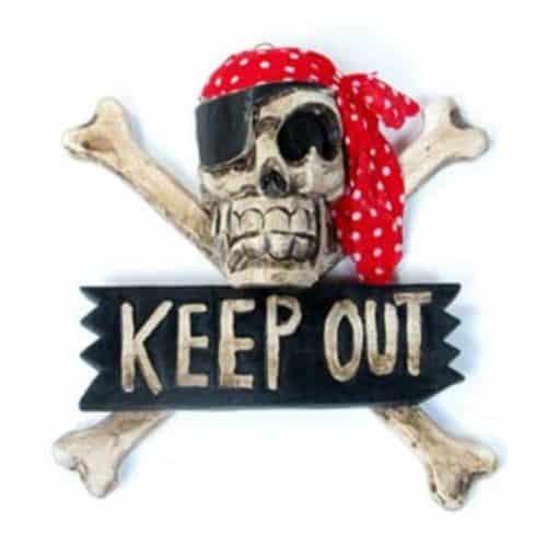 Pirate skull & crossbone signs